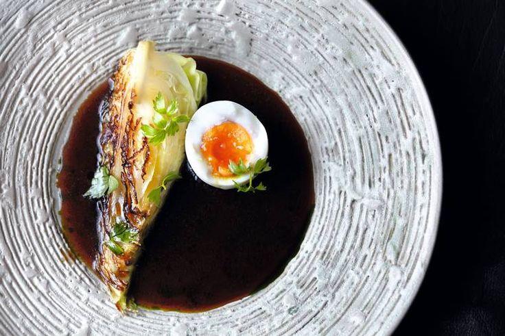 Oppskrift på kålbuljong med løpstikke og egg av Kari Innerå