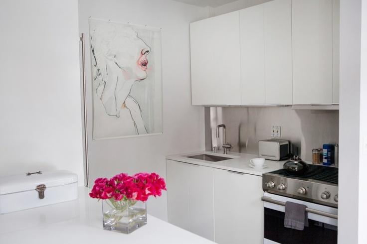 Shelly Steffee - Cute Modern NYC Apartment Design