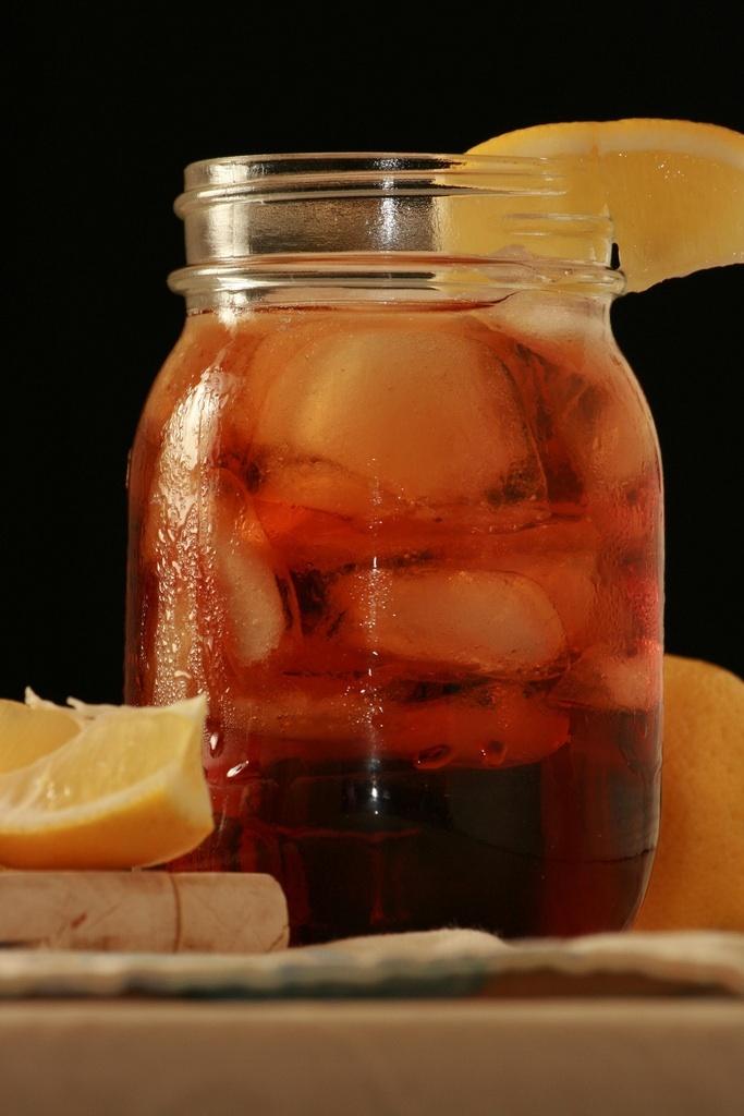 gotta have it in a mason jar.Sweettea, Sweets Teas, Iced Tea, Texas Teas, Mason Jars, Drinks, Front Porches, Ice Teas Recipe, Southern Hospitals