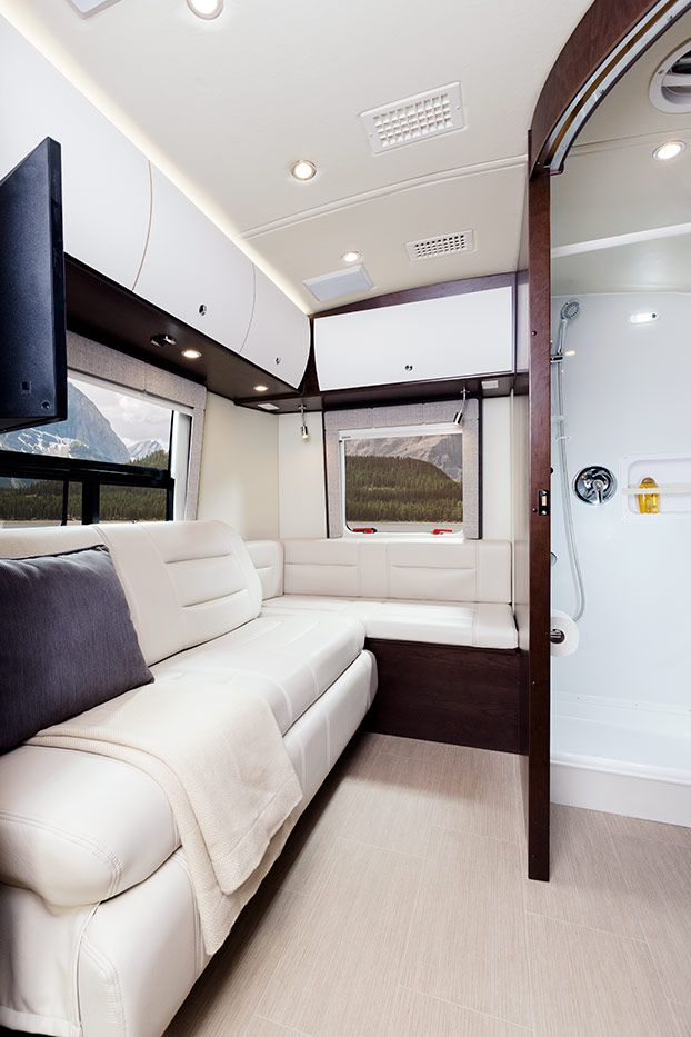 Rent This Luxury RV From Luxe And Travel In Style Cross California Or Country Leisure Serenity For At