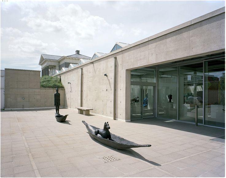 Deborah Bell sculpture during The Rainbow Nation. Contemporary South African Sculpture in museum Beelden aan Zee (2012). #sculpture #beeldhouwkunst #BAZ