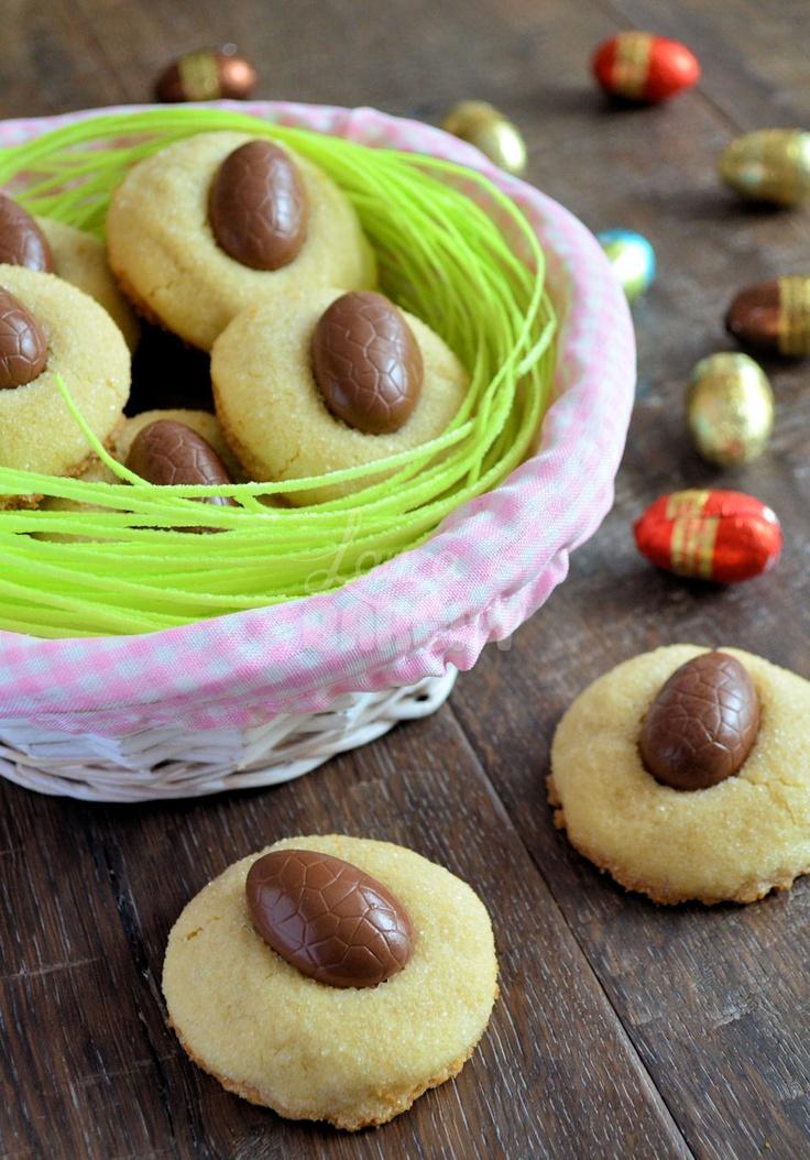 Easter cookies recipe: easter egg kisses