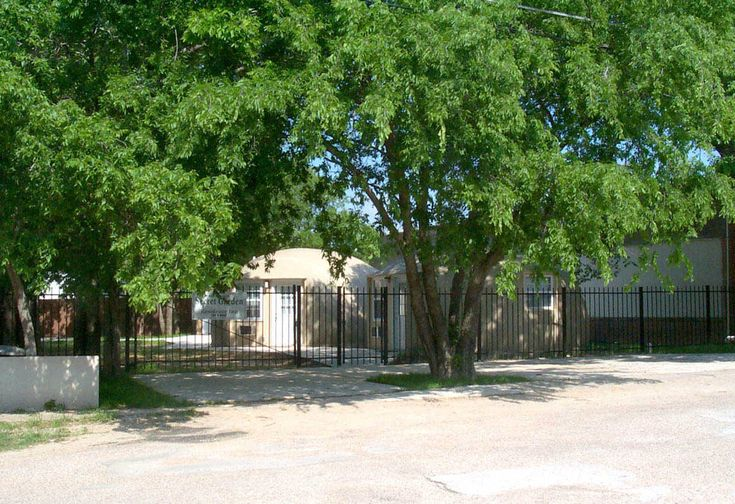 Affordable studio rentals for Italy, Texas   Dome Living