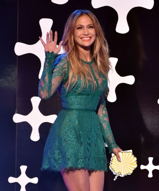 Stunning Jennifer Lopez Elegant Green Sheath Short Celebrity Dresses Long Sleeves Prom Dress Cocktail Dresses