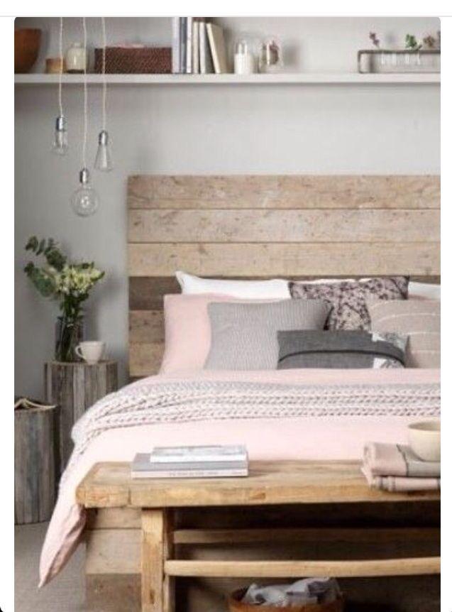 Rustikales Schlafzimmerdesign, Rustikale Schlafzimmer, Schlafzimmerdesign,  Schlafzimmer Ideen, Natürliche Inneneinrichtung, Rosa Grau,  Zimmereinrichtung, ...
