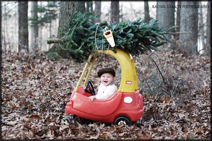 Photography / Children / Christmas / Tree /  Rachel Larson Photography