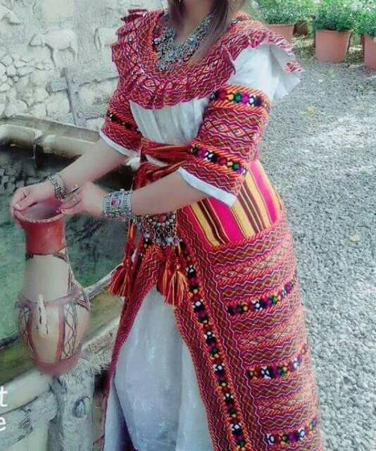 1000 images about robe kabyle on pinterest moroccan for Decoration kabyle