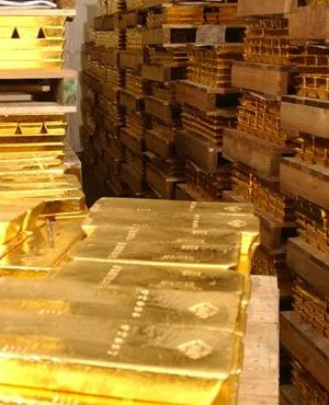 The gold in Democratic Republic of Congo is the first important resource.