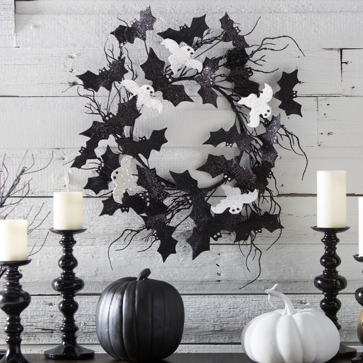 31 Ideas For Stylish Black & White Halloween Decorations                                                                                                                                                                                 More