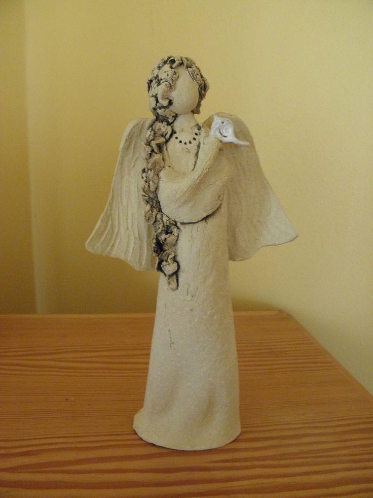 Anděl Anděl v přírodním stylu. Výška 27 cm.