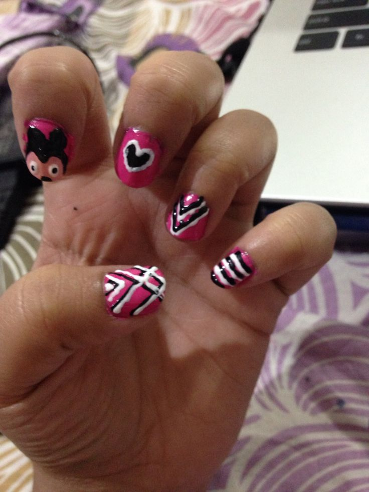 Diff types of nail art