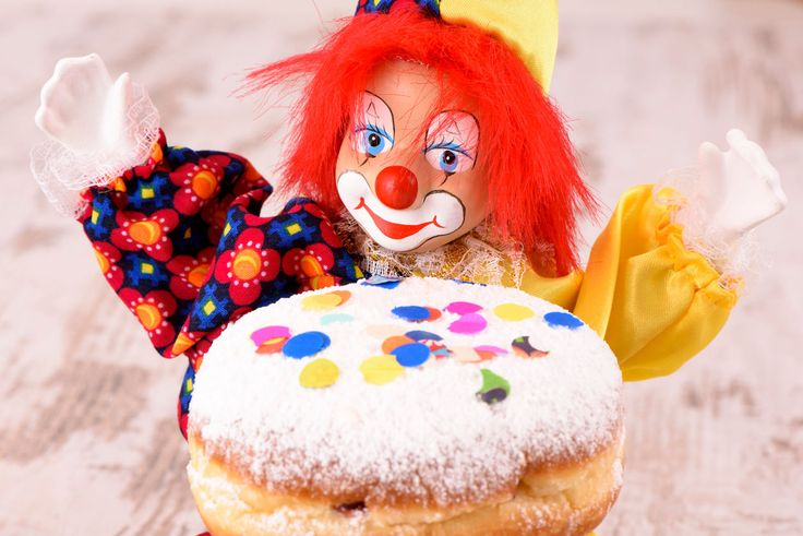 FOX NEWS: Texas doughnut shop offers scary clown delivery