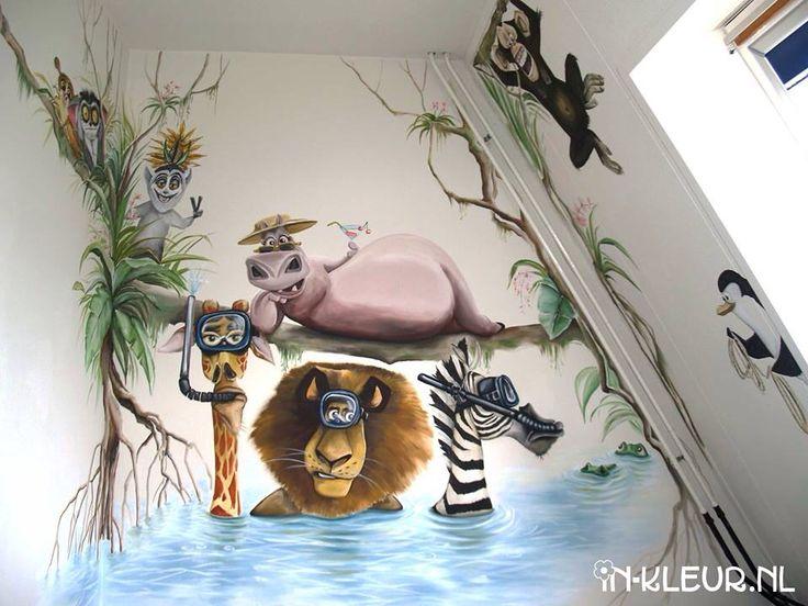 Muurschildering Madagascar dieren in jungle kinderkamer