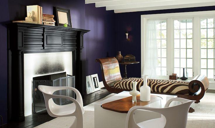 le violet en tant que peinture murale noble et pleine de caractère