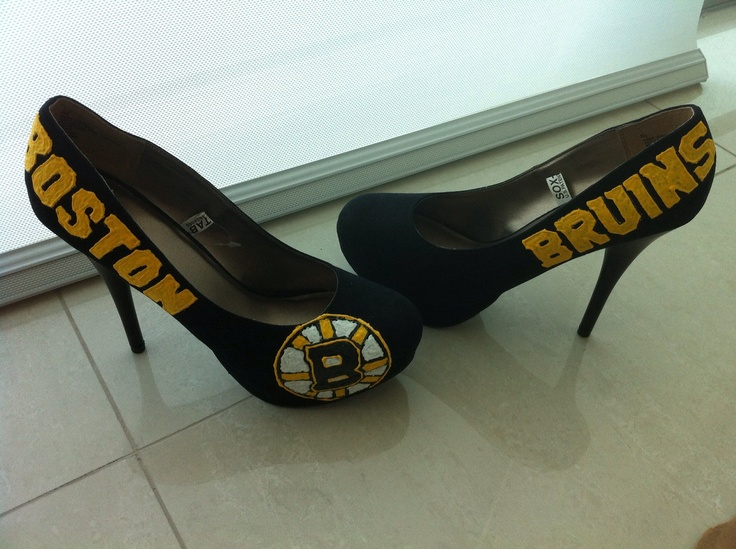 Boston Bruins Hockey NHL Custom Hand-Embroidered Black & Gold Logo Suede & Felt High Heel Women's Size 8.5 Pump Shoes, $107 via 'chrystenfahey' on Etsy --- Again, too bad they're the wrong size! Too small! And my back can't tolerate wearing heels anymore, only flats! (cc: @soxygeologist)