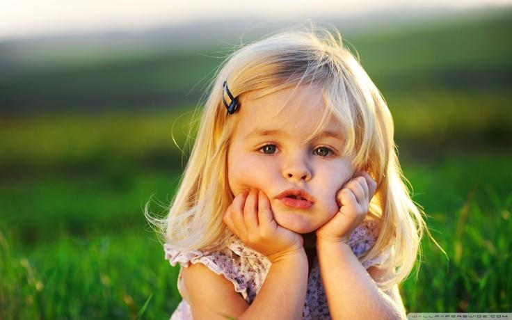Cute Girl Baby Wallpaper