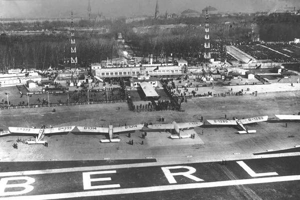 Der Flughafen Berlin-Tempelhof um 1928 (Foto: Deutsche Lufthansa AG / 1928)