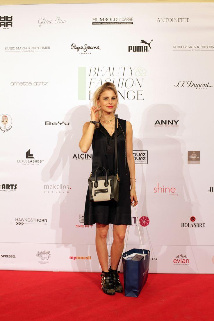 Caro Daur bei der Beauty&Fashion Lounge/Gentlemen Corner. © REICHERT+ COMMUNICATIONS