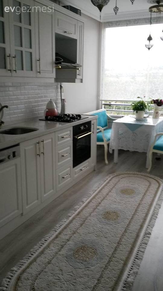 Beyaz mutfak, Country mutfak, Halı, Mutfak, Mutfak köşesi