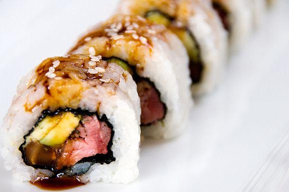... Beef Recipes, Sushi Recipes, Food, Beef Sushi Roll, Sushi Rolls, Sushi