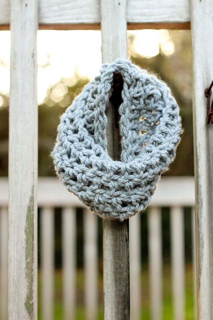 Crocheted Toddler Cowl Scarf - Free Pattern // Delia Creates