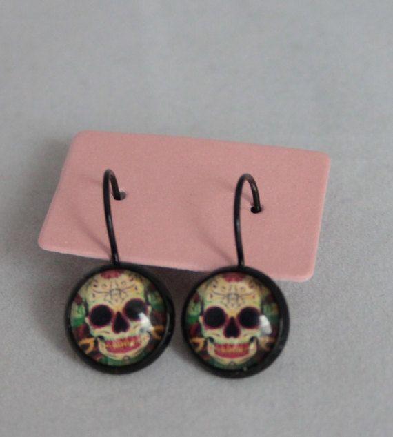 Hoi! Ik heb een geweldige listing op Etsy gevonden: https://www.etsy.com/nl/listing/513708685/oorbellen-mexicaans-schedel-doodshoofd
