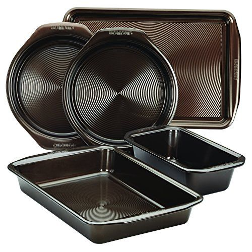 The bakeware set features sturdy carbon steel construction with warp-resistant, rolled-rim design for beautiful, long-lasting baking performance Circulon bakeware features a premium-nonstick-coated surface of raised circles for exceptional nonstick performance Chocolate brown nonstick promotes