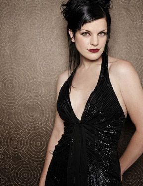 On NCIS she's Abby - the quirky, hilarious, scary-smart gothic beauty who always gives Gibbs a run for his money. But no matter what role she's in, Pauley Perrette is smoking hot.