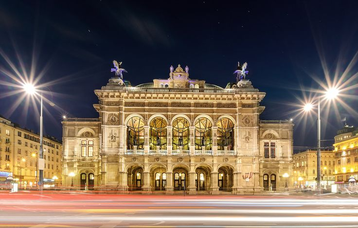 Le Bon Lifestyle - Vienna State Opera House. The essential luxury travel guide to Vienna, including, the best hotels Vienna, best restaurants Vienna and things to do Vienna.