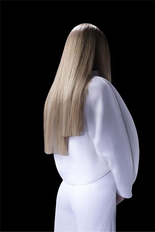 Sculptural Fashion - jacket with ovoid shape & 3D silhouette; minimal tailoring // Mugler Pre-Spring 2013