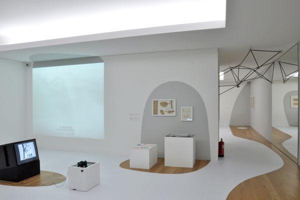 """""""Oskar Hansen: OPEN FORM"""" exhibition design, Serralves Museum of Contemporary Art, Porto, CENTRALA 2015"""