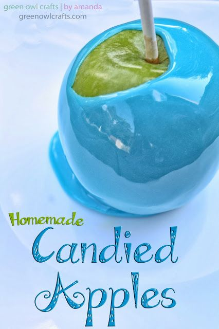 In a large pot combine 2cups sugar, 1cup corn syrup, 1cup fruit juice, 1tsp cinnamon/vanilla/flavor into a pot and bring to boil. Remove from heat and add 2tsp of blue & 2tsp of white food coloring. Dip apples & top with sprinckles