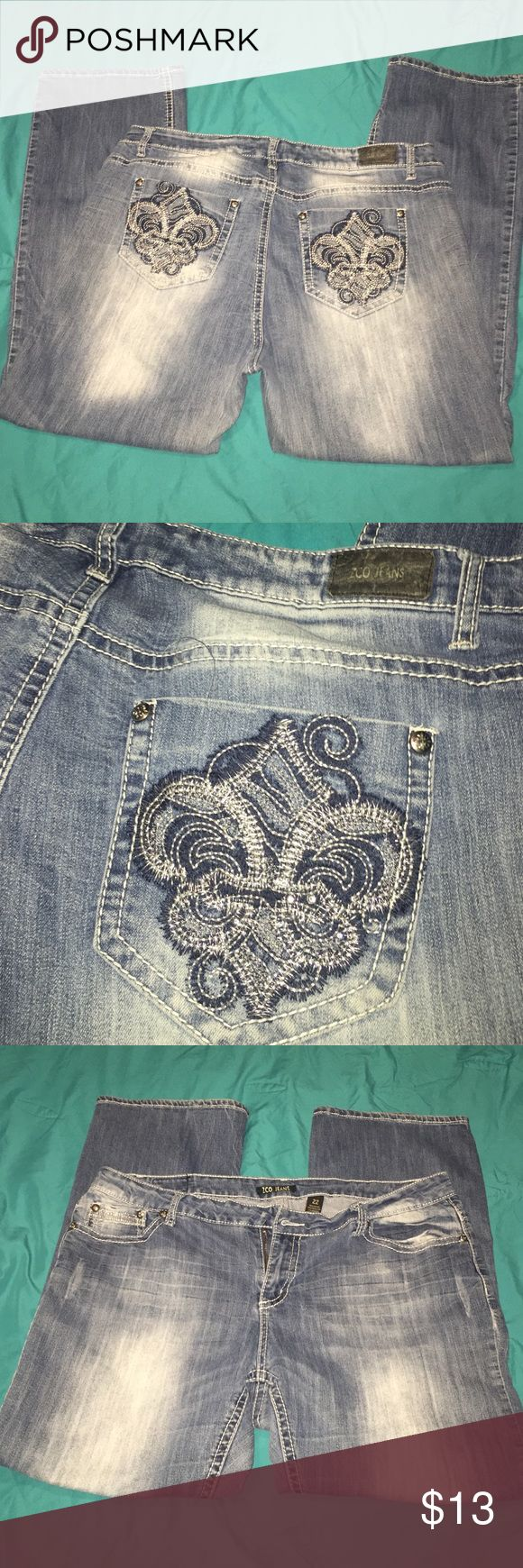 Zco jeans women's plus size 22 Zco jeans women's plus size 22. Missing button (as shown in picture) and I'm definitely no seamstress. These are one of my absolute favorite pairs of jeans and I hate to sell, but my loss is your gain! Super cute! ZCO Jeans Boot Cut