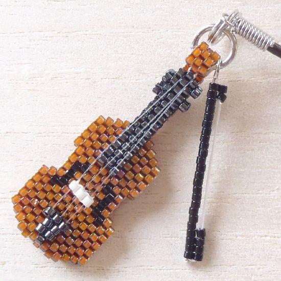 バイオリンのストラップ、弓付き