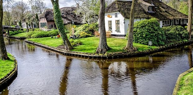 You won't believe this this fairy tale-like Dutch town is real