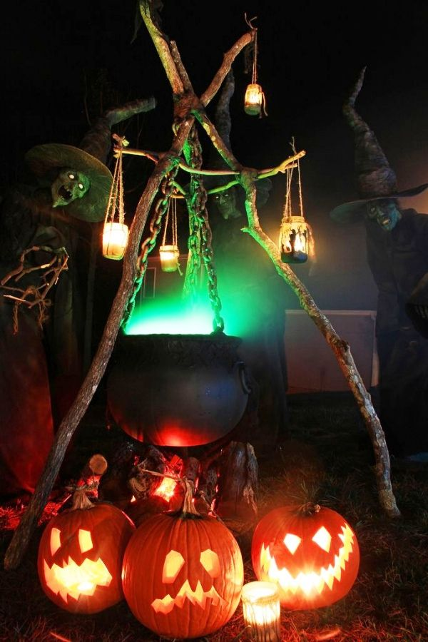 26 stunning house halloween decorations ideas - Halloween Light Ideas