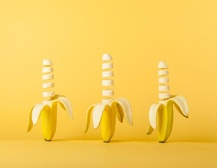Sliced bananas in formation by, Austrian designer, Marion Luttenberger. This would perk up any beach style home! Tropical decor #tropicaldecor