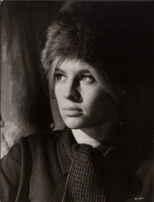 Doctor Zhivago directed by David Lean, 1965 :: Portrait of Julie Christie