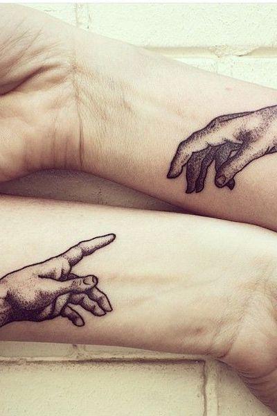 PHOTOS. 20 idées de tatouage de poignet - L'Express Styles