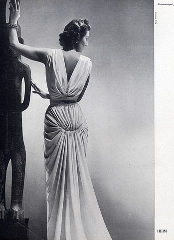 I love the draping in this dress. Will give that a try. Jacques Fath 1941 Evening Gown, Photo Elshoud