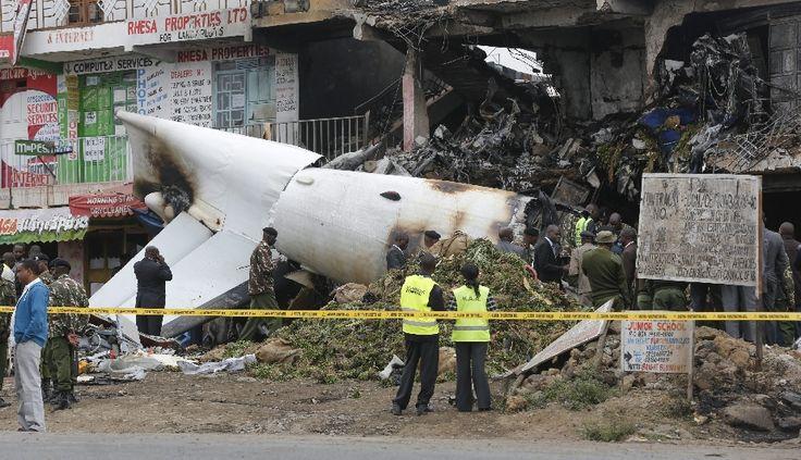 Kenia: Avión de carga se estrelló contra edificios y dejó cuatro muertos