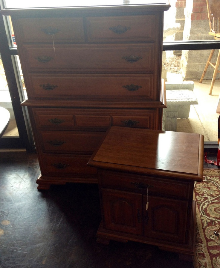 Sumter Cabinet Co maple chest& night standSumter Cabinets, Nlg Inventory, Maple Chest, Night Stands