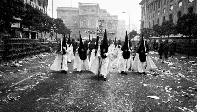 Los Gitanos en la Avenida