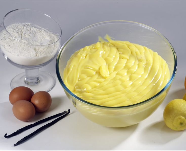 pastry creme Custard Trittico allows you to make one of the basic products of traditional and modern confectionery, ensuring cooking temperature precision, taste and structure stability and quick realisation.