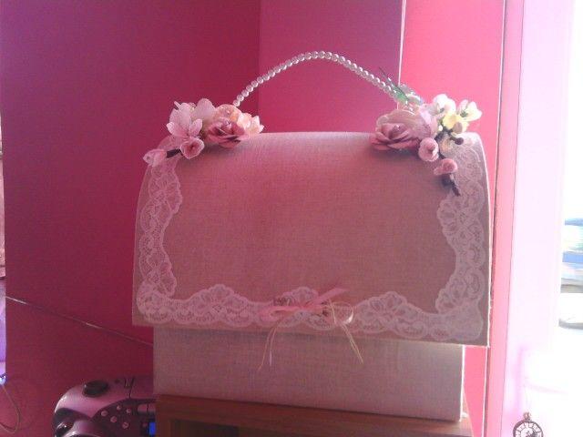 Cutie dar de nunta,   vizitati                            https://www.facebook.com/ Uliana-Hand-Made/