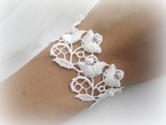 Ivory flowers lace bracelet embroidered lace by MalinaCapricciosa, $18.50