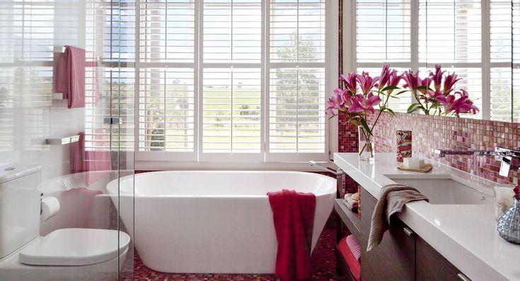 A razzle dazzle bathroom in hot pink