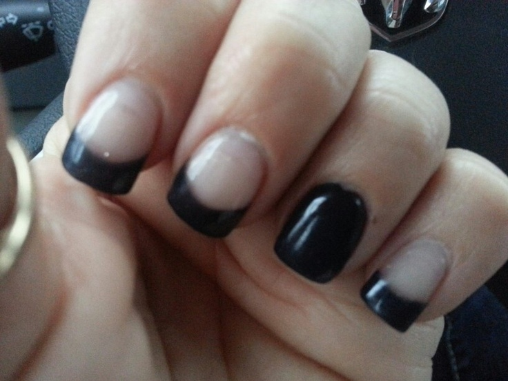 Pink and black gel nails- I dint like the pain black one nail but