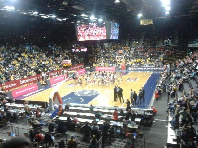 Oldenburg, 12. April 2015 Telekom Baskets Bonn vs. Alba Berlin Arena: EWE Arena Oldenburg