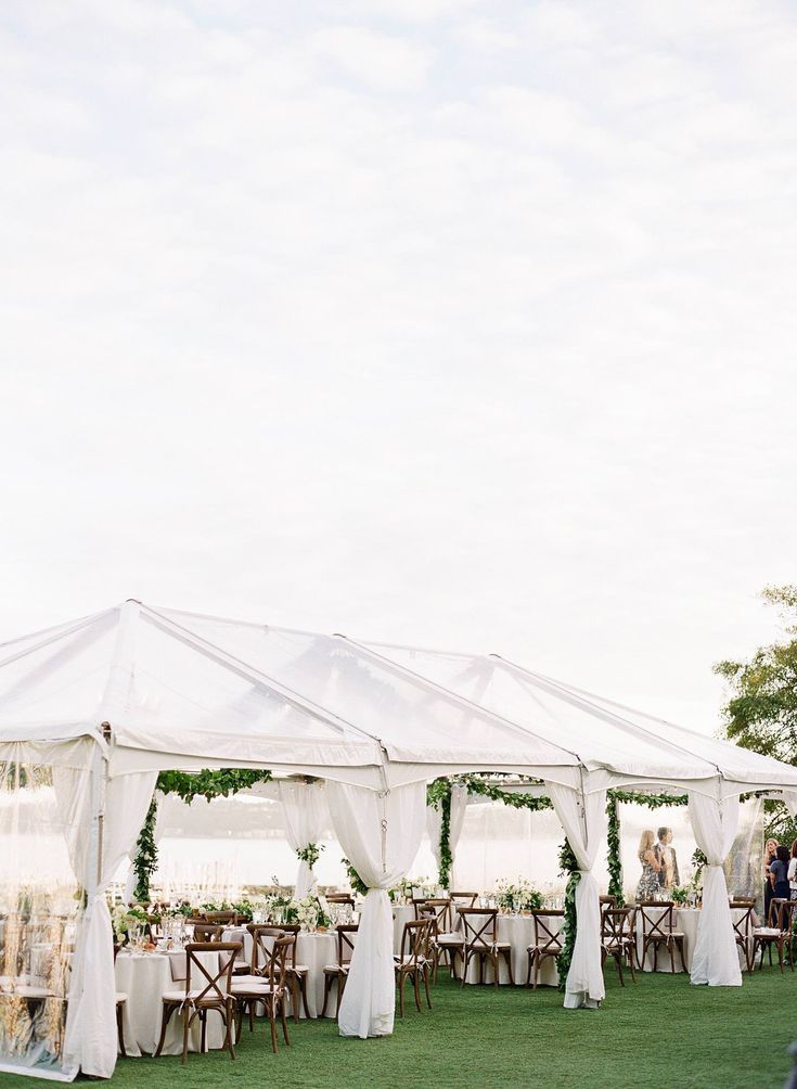 An Organic Elegant White And Green Wedding At The Admiral S House